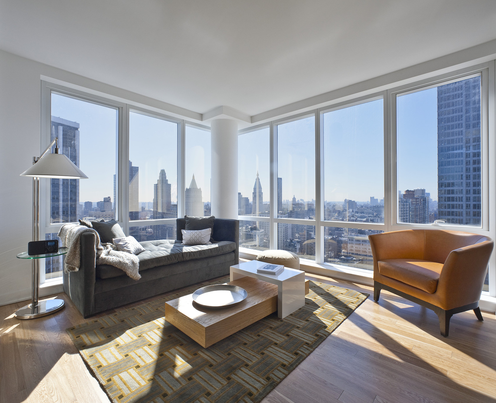 Midtown Manhattan Apartments for Rent | NYC Skyline Views